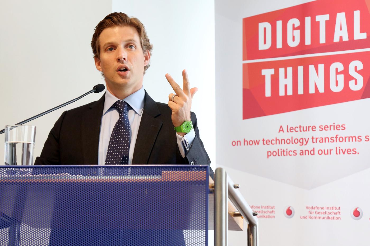 Transatlantische Debatte über Sicherheit und Privatheit