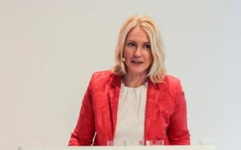 Schwesig fordert Unterstützung für Frauen im Tech-Sektor